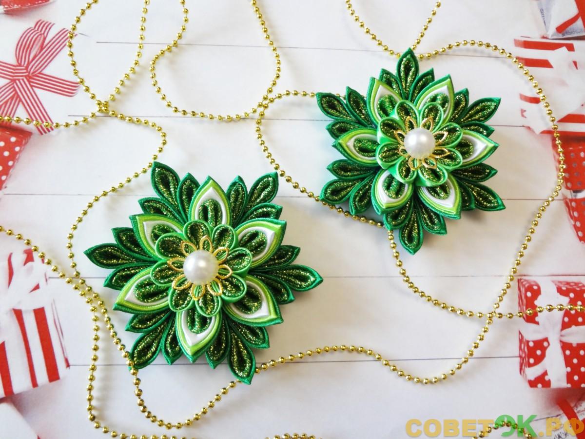 Яркая зеленая снежинка-елочка – вариант канзаши к Новому году