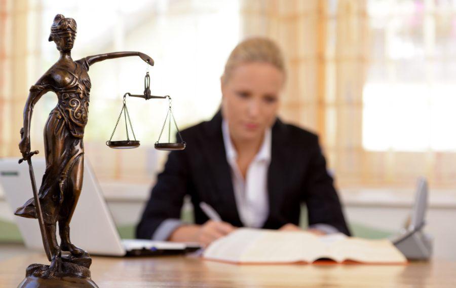 Юридическая консультация, как не ошибиться с выбором юриста