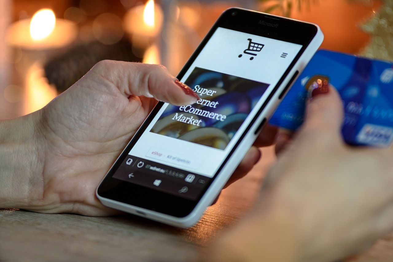 Как проверить интернет-магазин на мошенничество: аккуратность при онлайн покупке